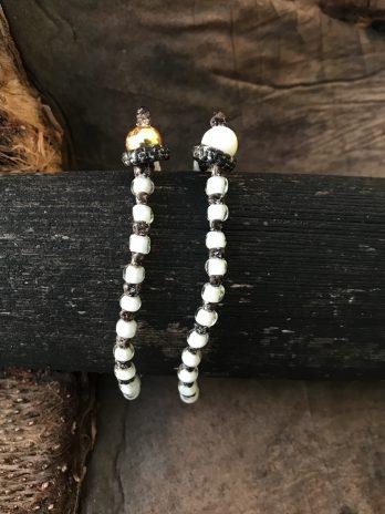 White hearted bead bracelet